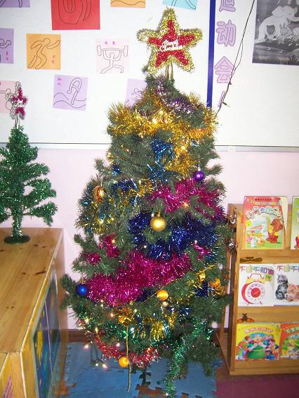 幼儿园活动区布置:圣诞树