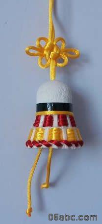 废旧物手工制作:羽毛球娃娃