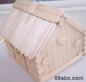 幼儿园手工制作:小房子(棒冰棍手工制作)