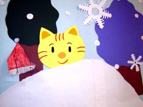 幼儿园冬天墙面布置:下雪了