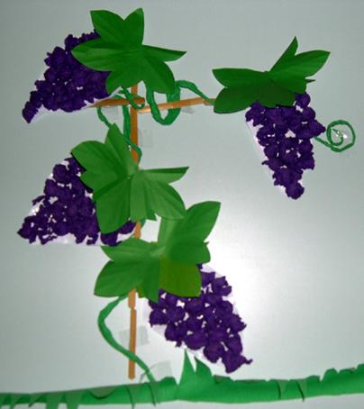 幼儿园(皱纹纸)手工葡萄
