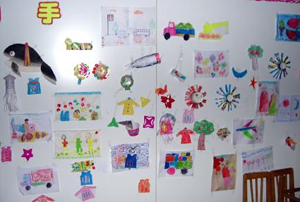 幼儿园墙面布置:小朋友的画
