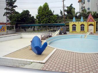 图片7  幼儿园户外环境图片- 8  幼儿园户外环境:艺术长廊  幼儿园