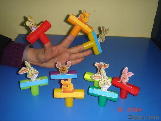 幼儿园区域材料制作:有趣的动物手偶