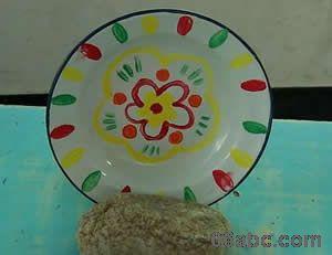 幼儿园大班美术教案:搪瓷盘装饰画图片