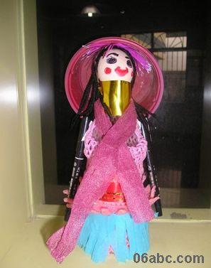 幼儿园废旧塑料瓶手工制作:塑料瓶娃娃