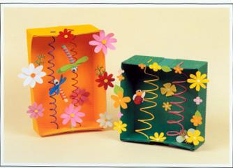 环保手工制作:纸箱蜻蜓和蜜蜂