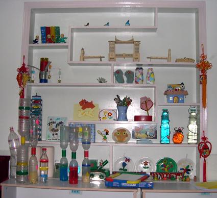 幼儿园环境布置:科学区(自制沙漏 水漏)-区角环境布置
