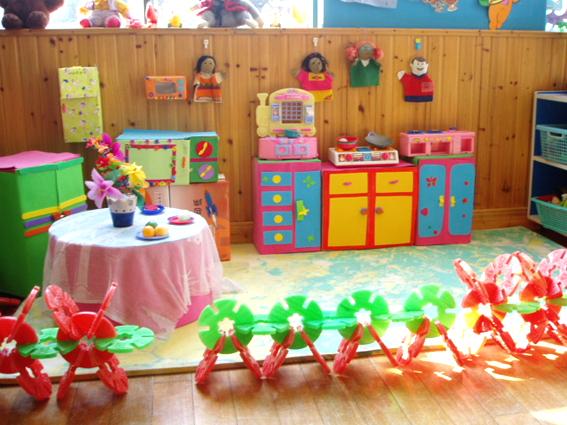 幼儿园活动区布置:娃娃家5
