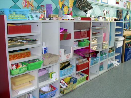 幼儿园环境布置:美工区12图片