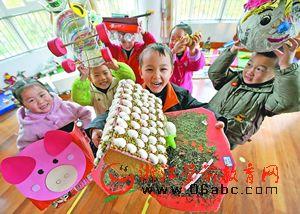 宁波江东乐源幼儿园:串蟹壳成蜈蚣 拿贝壳盖屋顶