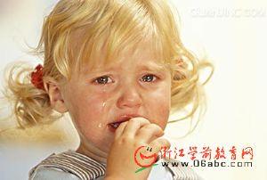 入园:正确对待孩子的哭闹