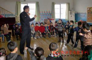 """九堡中心幼:家长助教进课堂 """"三位一体""""助成长"""
