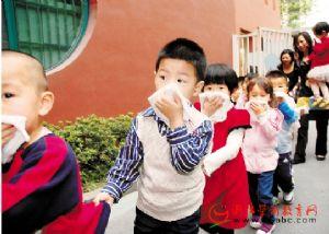 """杭州英伦幼儿园:""""火是很凶的"""""""