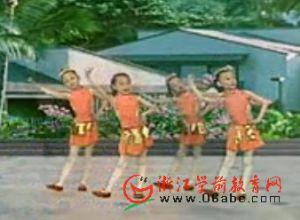 幼儿园舞蹈视频:月亮勾勾